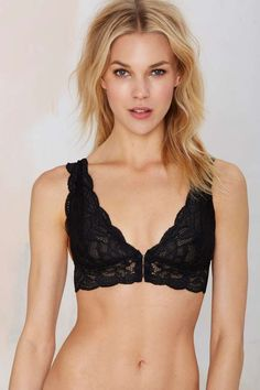 Clo Intimo Sneak Peak Lace Bra | Shop Clothes at Nasty Gal!