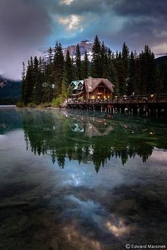 Emerald Lake, Yoho National Park, Canada.