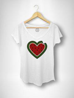 Camiseta Pico Mujer Corazón de Sandía