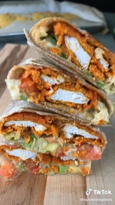 Wrap Recipes, Snack Recipes, Cooking Recipes, Healthy Recipes, Chicken Tortilla Wraps, Buffalo Chicken Tacos, Buffalo Chicken Sandwiches, Good Food, Yummy Food