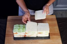 Le pain-surprise c'est HAS BEEN ! Place au SANDWICH CAKE - Diaporama 750 grammes