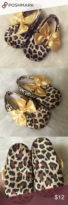 Cheetah gold ballet flats with bow 🎀 12-15 months ballet gold flats Shoes Flats & Loafers
