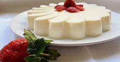 Sin necesidad de usar el horno, una tarta deliciosa con fresas, queso y nata. Panna Cotta, Cheesecake, Pudding, Ethnic Recipes, Desserts, Food, Mousse, Strawberry Fields, Cakes