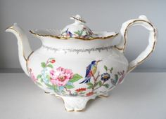 AYNSLEY BONE CHINA PEMBROKE BIRD LARGE FOOTED COVERED TEAPOT 10""
