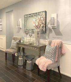 Small Entryways 29 Small Foyer Decor Ideas for Tiny Living Room Accents, Living Room Colors, Living Room Grey, Living Room Sets, Living Room Designs, Home Decor Furniture, Living Room Furniture, Living Room Decor, Bedroom Decor