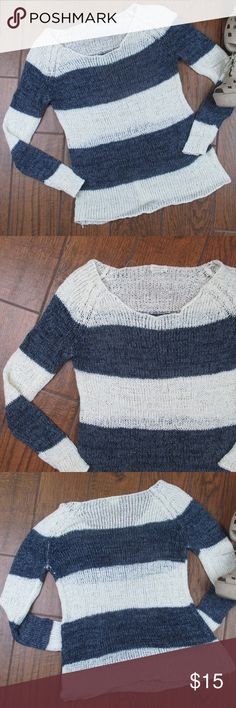 Medium Sweater Striped Blue White Lightweight Pretty Good striped lightweight sweater Blue and Whitish Creme color Medium Pre owned but in good condition Bust from pit to pit is 23 inches Length from shoulder seam to bottom hem is 30 inches Sweater is semi see through (See last photo of my hand behind the fabric)  OFFERS ACCEPTED  Add to a bundle for an automatic discount   Colors may very due to lighting, seller does its best to portray the right color. Please inspect all photos.  #C042…