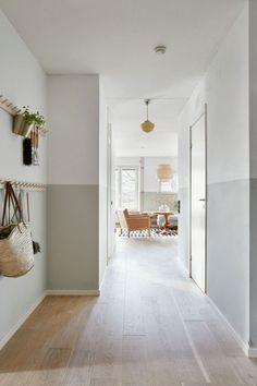 Home Design, Flur Design, Interior Design, Interior Walls, Design Design, Design Ideas, Interior Pastel, Hall Painting, Hallway Decorating