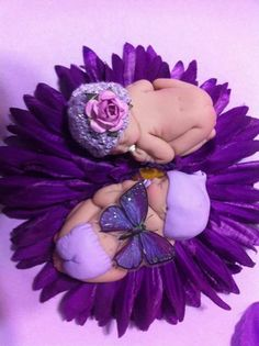 Price is for the set of Twin babies on blanket, lily pad, or flower is priceless! Twins in several families of this group. Purple Love, Purple Lilac, All Things Purple, Shades Of Purple, Anne Geddes, Twin Girls, Twin Babies, Cute Twins, Fondant Baby