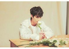 If you gave those flowers to me, i will never ket you go kim jonghyun