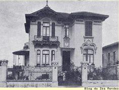 Casarão – Rua Joaquim Eugênio de Lima                                                                                                                                                                                 Mais Architecture, Lima, Painting, Medieval, Characters, Random, Projects, Ideas, Old Mansions
