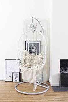 Hanging Chair, Hammock, Minimalism, Interior Design, Living Room, Modern, Blog, Furniture, Scandinavian