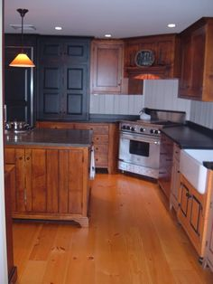 Range in the corner plus nice cabinets