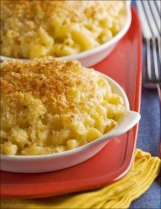 Creamy Four-Cheese Macaroni & Cheese (Fontina & Gruyere!)