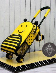 Bee Luggage CAKE