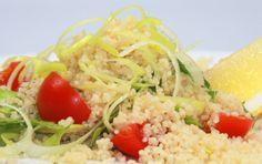 Tilbehørsalat med couscous Couscous, Fried Rice, Fries, Ethnic Recipes, Food, Eten, Meals, Stir Fry Rice, Diet