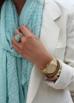 effortlessly chic. White blazer accentuated by mint scarf. Love this pairing. ::M::