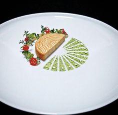 So - food presentation Food Design, Food Plating Techniques, Weight Watcher Desserts, Low Carb Dessert, Fancy Desserts, Food Decoration, Gourmet Recipes, Gourmet Foods, Gourmet Desserts