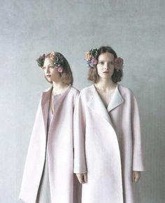ejakulation:    Models in Jil Sander coats for Hanatsubaki Japan, November 2012