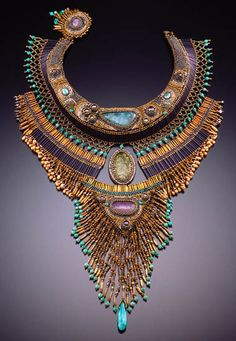 Photo gallery jewelry from beads of craftswomen Sherry Serafini for inspiration I Love Jewelry, Gems Jewelry, Statement Jewelry, Jewelry Art, Beaded Jewelry, Vintage Jewelry, Jewelry Accessories, Handmade Jewelry, Jewelry Design