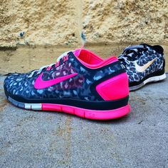 Get wild with the newest colors from Nike! Grab your pair at Finishline.   434162101