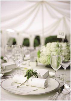 가을에 어울리는 특별한 야외웨딩 1 Table Decorations, Furniture, Home Decor, Decoration Home, Room Decor, Home Furnishings, Home Interior Design, Dinner Table Decorations, Home Decoration