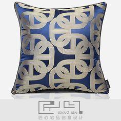 匠心宅品 现代中式样板房软装抱枕蓝色马蹄环人丝提花方枕{不含芯