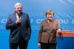 Volker Bouffier   Angela Merkel   Politischer Aschermittwoch CDU Volkmarsen   Fotograf Kassel   Karsten Socher Fotografie http://blog.ks-fotografie.net/pressefotografie/angela-merkel-volker-bouffier-kwhe16-volkmarsen/