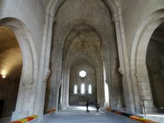 During my South France road trip with the family our 4th leg brought us to Montmajour Abbey, Silvacana Abbey, Glanum old Romand city and Salagon Priory