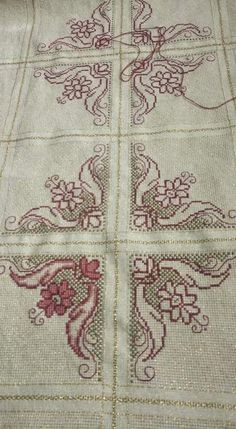 Filet Crochet Charts, Cross Stitch Charts, Cross Stitch Embroidery, Embroidery Patterns, Cross Stitch Patterns, Beginning Embroidery, Wedding Cross Stitch, Needlework, Diy And Crafts