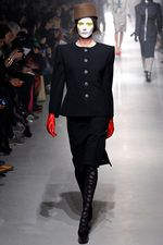 Vivienne Westwood Fall 2013 Ready-to-Wear Collection on Style.com: Complete Collection