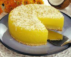 Anote a receita ,perfeita para seu fim de semana  Ingredientes 1 colher (sopa) de margarina 3 xícaras (chá) de açúcar 50 g de coco ralado 5 ovos 4 gemas 2 garrafas de leite de coco