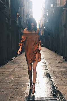Off shoulder dress and gladiator sandals No.1 combination for summer time.Kendall Jenner
