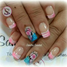 decoracion de uñas Glam Nails, Cute Nails, Pretty Nails, Green Nail Designs, Paws And Claws, Green Nails, Christmas Nail Art, Unusual Gifts, Gorgeous Nails