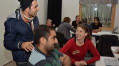 Asylsökande gillar sitt café | Västnyland | svenska.yle.fi