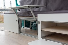 Camper Innenausbau - Bett (ausziehbar) • bullifaktur