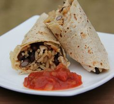 Rice and Beans Wraps make are perfect for a quick and health family dinner. #weekdaysupper