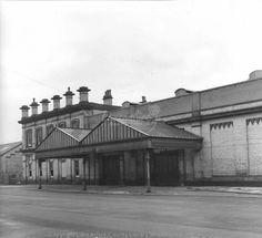 fleetwood station Trains, Louvre, Building, Buildings, Construction, Train
