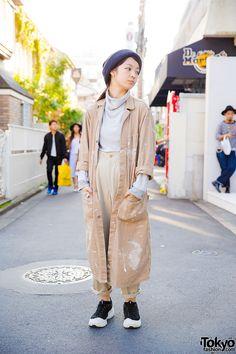 21-year-old Yu on the street in Harajuku wearing a... | Tokyo Fashion