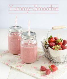 Deux recettes inédites de smoothies vegan. De bons fruits bien mûrs feront que vos smoothies seront super bons.