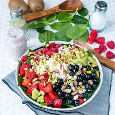 Did you know berries are rich in antioxidants that support anti-aging and keep YOU looking beautiful! LOVE yourself with this beautiful berry feta spinach salad Skinny Recipes, Clean Eating Recipes, Healthy Eating, Cooking Recipes, Healthy Recipes, Healthy Salads, Taco Salads, Cooking Tips, Spinach Recipes