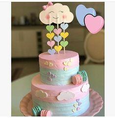 bolo cha revelação chuva de amor Baby Cakes, Baby Shower Cakes, Girl Cakes, Cupcake Cakes, Cupcakes, Birthday Treats, Birthday Cake Girls, Baby Birthday, Valentines Food
