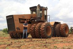 In South Africa Huge Truck, Heavy Truck, New Tractor, Tractor Parts, Ford Pickup Trucks, New Trucks, Old Farm Equipment, Heavy Equipment, Caterpillar Equipment