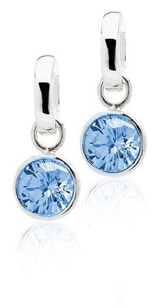 Zinzi: 1e Gehalte zilveren creool hangers bezet met een rond geslepen blauwe zirconia, gesigneerd Zinzi. U hangt deze creool hanger aan uw creool en kunt zo elke dag van kleur veranderen.
