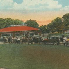 This is a 1930 color postcard of the Cherokee Tourist Camp, a place for travelers to stay on the Dixie Highway.