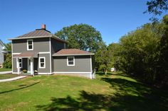 414 Oak St  Mount Horeb , WI  53572  - $189,900  #MtHorebWI #MtHorebWIRealEstate Click for more pics