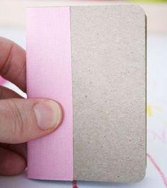 Fita de tecido adesiva no bloco de notas