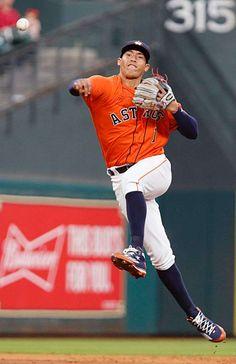 Carlos Correa, Astros take down Mariners - Houston Chronicle