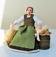 RESERVED FOR CARROLL V Alice tudor servant by JendlewickDolls