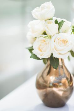 metallic flower vase // a simple vase of white roses would be nice for the sign in table for IF Pray Wine Wedding Centerpieces, White Rose Centerpieces, Wedding Table, Wedding Ideas, Fall Wedding, Pretty Flowers, White Flowers, Beautiful Roses, Flower Decorations