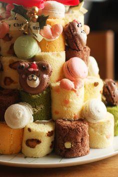 Tower of mini swiss rolls via coupe-feti